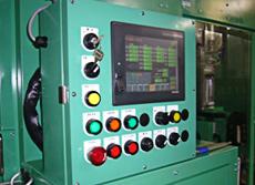 全21軸のサーボモーター搭載もタッチパネルにて簡単に設定可能。